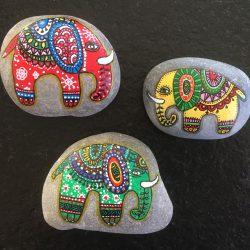 Steine bemalen - Elefanten
